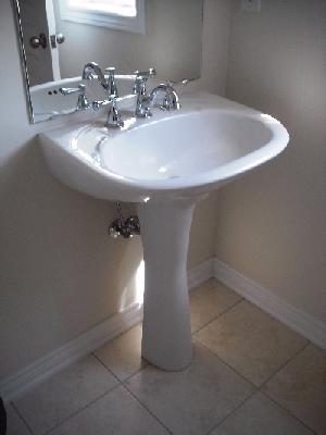 Pedestal Sink Plumbing : Pedestal Sink